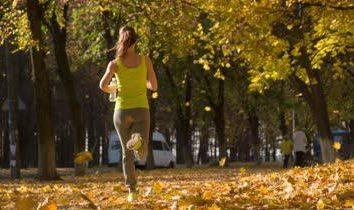 Bieganie na odchudzanie: ile trzeba uruchomić? Stworzyć program szkoleniowy