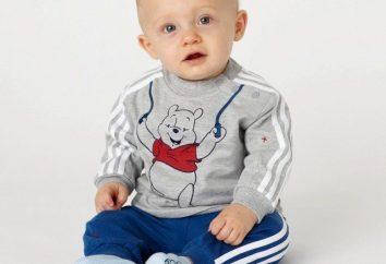 Escolhendo terno dos esportes das crianças