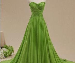 vestido verde claro – un símbolo de frescura y ligereza