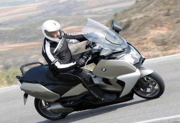 maxi scooter: meios confortável e econômico de transporte sobre duas rodas