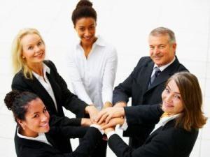 Teambuilding – no es sólo un día de fiesta corporativo, pero la clave para el éxito de la empresa