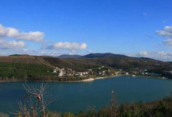 Abrau-Durso: Gdzie jest historia miejsca i zwiedzić fabrykę win musujących