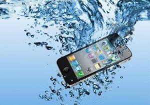 ¿Y si el teléfono cayó al agua?