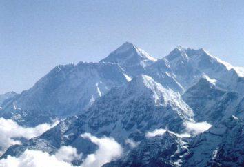 Kto był pierwszy wspiąć się na Mount Everest? W co roku wspinać się na Mount Everest?