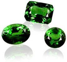 Emerald misteriosa: propriedades de pedra da deusa Vênus