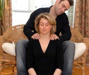 Massaggiare le zone intime di donne e uomini: come e perché?
