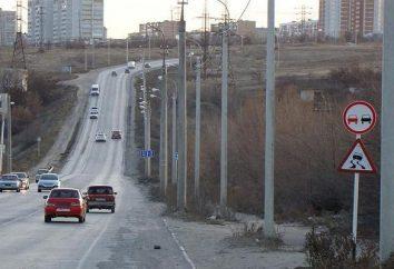 """""""Wyprzedzanie jest zabronione"""" znak. Efektywny obszar drogi """"Wyprzedzanie denied"""" znak"""