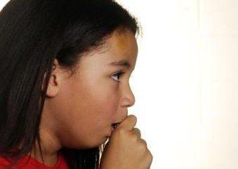 Jak leczyć suchy kaszel u dziecka: doradztwo opiekuńczy rodzice
