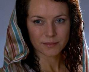 Larisa Totunova: Biografia i kariera