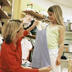 O tamanho das roupas para crianças – desde a infância e até dezesseis