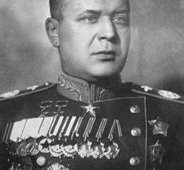 Marszałek Novikov: krótka biografia