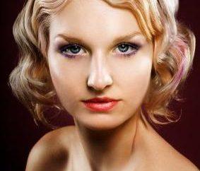 Jak zwijać włosy bez lokówki i lokówki do włosów: sztuczki małych damskie
