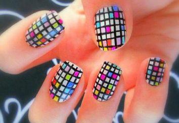 interessante mosaico sulle unghie