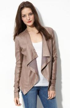Comment repasser une veste simili cuir