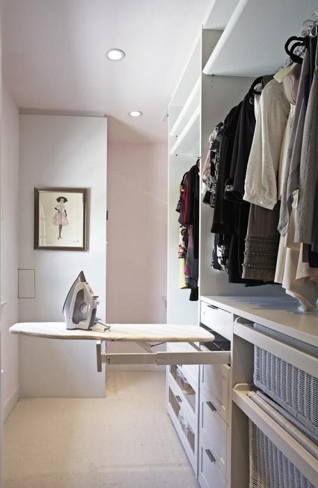 einziehbares b gelbrett bequeme ausstattung f r kleine wohnungen. Black Bedroom Furniture Sets. Home Design Ideas