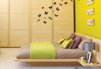 papillon de charme sur le mur. La singularité de l'élément décoratif