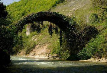 Ponte Besleti – una delle più insolite attrazioni di Abkhazia