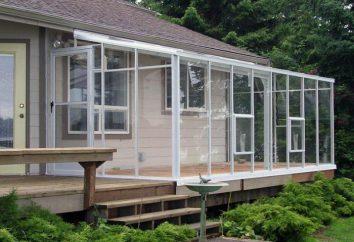 Szklarnie ze szkła i aluminium. Jak zbudować szklarnię?