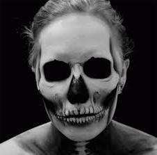 """Como fazer maquiagem menina """"esqueleto"""". Passo-a-passo"""