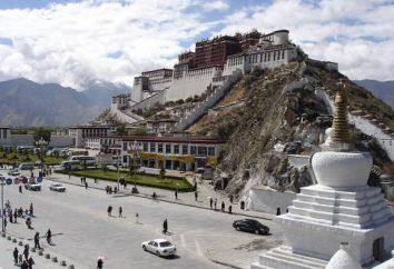 La capitale historique du Tibet. La ville ancienne de Lhassa – la capitale du Tibet montagneuse