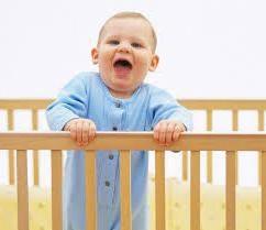 Come insegnare al vostro bambino a dormire nella sua culla. Alcuni consigli