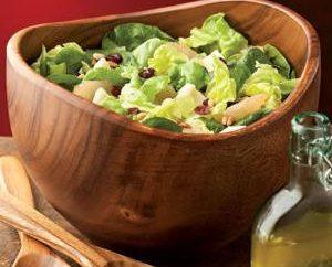 Si les clients sont à la porte: salades bon marché à la hâte