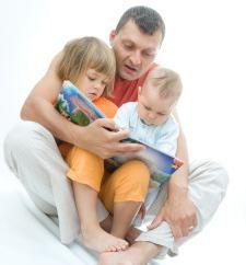 Jak wymyślić bajkę dla dziecka? Jak większość wymyślić historię o zwierząt lub ludzi, domowych i magii?