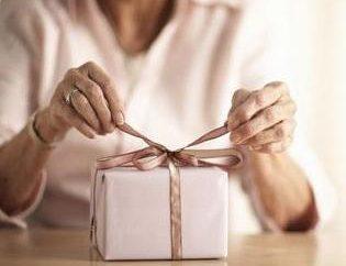Co dać kobiecie 50 lat