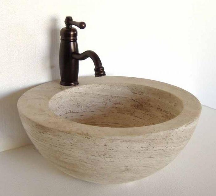 Muscheln aus Stein. die Küchenspüle, im Bad