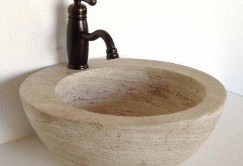 Les réservoirs en pierre. l'évier de la cuisine, dans la salle de bain