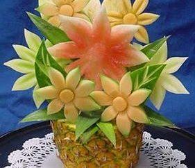 Set pour la sculpture: pour créer des chefs-d'œuvre de fruits et légumes avec vos mains!