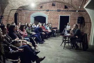 """Teatro """"Boyar Chambers"""" em Moscou, a obra de arte em um espaço incomum"""