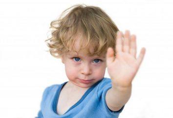 El niño se golpea la cabeza: ¿las razones de qué hacer?