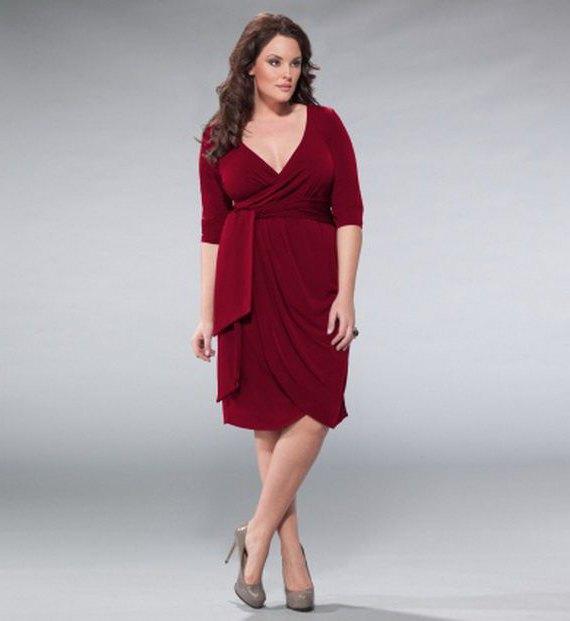 buy popular eec4d 295bf vestiti alla moda e alla moda per le donne più grandi (foto)