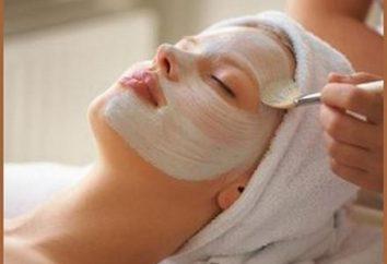 Wie eine Maske für fettige Haut zu Hause machen?