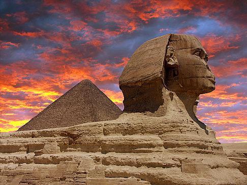 A maior estátua no Egito - A Esfinge. Legends do Egito
