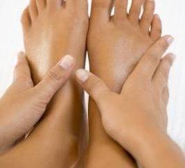 Skuteczne środki moczopędne ludowe dla obrzęku nóg