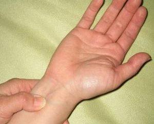 Różne naciski na różne ręce – niespodzianka