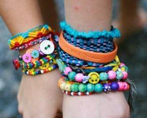 Die Schule beginnt hendmeydera: wie ein Armband aus Garn machen?