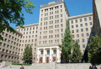 Médico de la Universidad Nacional de Kharkiv