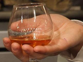 Come rendere brandy chiaro di luna – un paio di semplici ricette