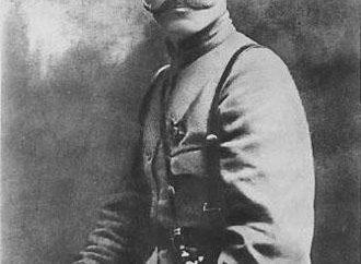 Qui est Chapaev Vasiliy Ivanovich? Chapaev VI – le commandant de la division de l'Armée rouge, un héros de la guerre civile. Biographie, prix, mémoire
