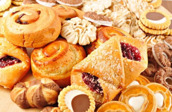 Gli alimenti con un alto contenuto di carboidrati più semplici ... 287627aa61df