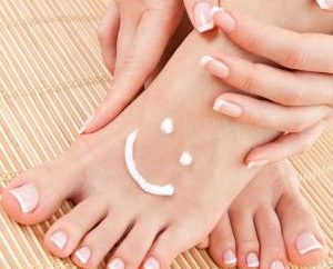 Remèdes populaires pour le traitement des champignons du pied