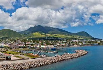 Comment est-il appelé la capitale de Saint-Kitts-et-Nevis? Des informations détaillées sur le pays, l'histoire et des faits intéressants