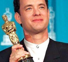 Filmografia Tom Hanks: dalla commedia al dramma. Due Oscar Tom Hanks e il suo migliore film