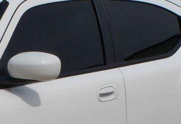 Czy barwienia okien samochodów na przednich gości pozwolenia?