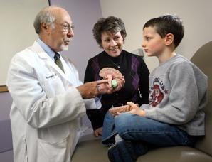 Choroba Rasmussena (zapalenie mózgu). Przyczyny zespołu Rasmussena