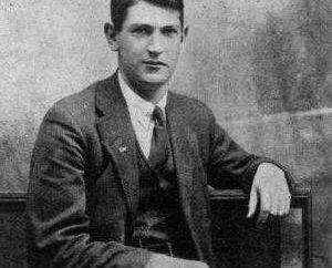 Dzhon Kollinz: Biografia di un rivoluzionario