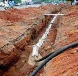 Prace naprawcze i montaż: kabel układania w ziemi